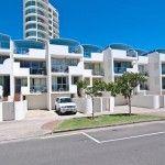 Beachfront holiday houses Sunshine Coast