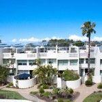 sunshine coast holiday houses