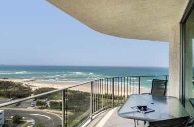 2-bed-u53-maroochydore-apartment-1