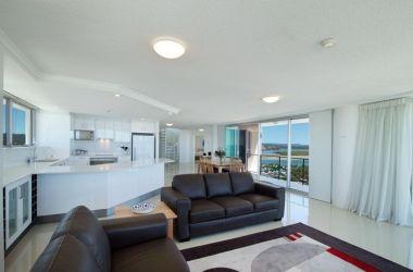 Maroochydore-Penthouse-Luxury-1